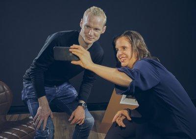 Selfie mit dem Fußballer Sebastian Rode (Eintracht Frankfurt) während der Dreharbeiten zu Plan A